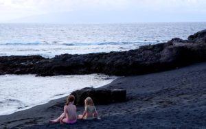 Kinder am Strand - Teneriffa
